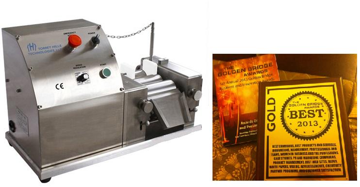three-roll-mill-nanografi.png
